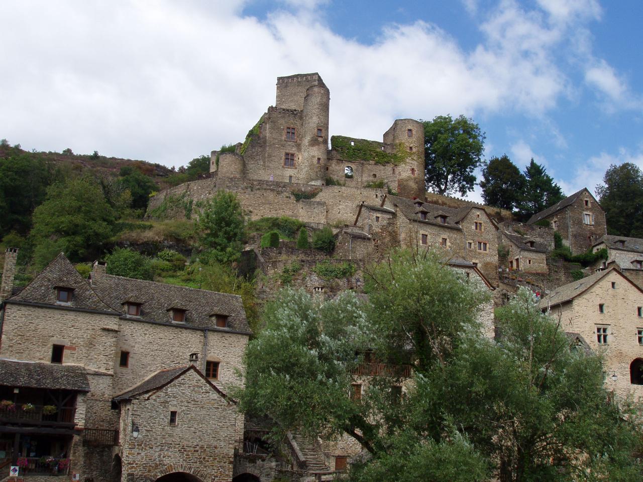 Belcastel le château   Aveyron