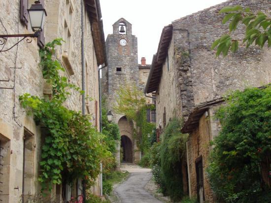 Bruniquel le village