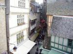 mont saint Michel rue principale
