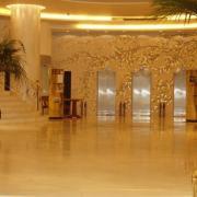 Athènes  hall de l'hotel Titania