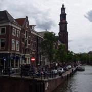 Amsterdam au loin église Westerkerk