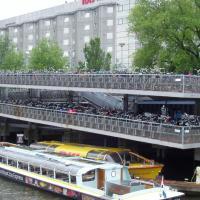 Amsterdam parkings à vélos