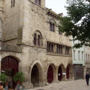 saint Antonin noble val l'hôtel de ville  maison romane