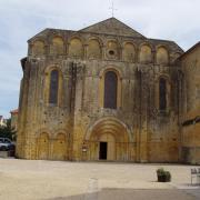 Abbaye de Cadouin  façade du XIIè