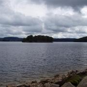 Ile sur le lac