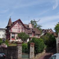 Bagnoles de l 'Orne maison bourgeoise