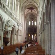 Bayeux la nef