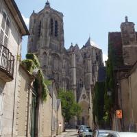 Bourges  la cathédrale . La tour nord