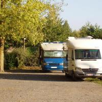 Camarès parking camping car