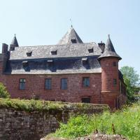 Collonges-la-rouge- Castel de Vassinhac