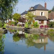Cercy la tour canal du Nivernais