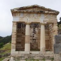 delphes-le trésor des Athéniens