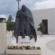 Fatima    statue du pape Jean Paul II