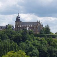 Fougeres  l'église saint Léonard