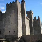 chateau de Beynac la tour carrée crénelée