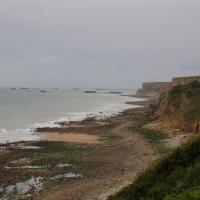 Longues sur mer  au loin le pont artificiel
