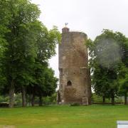 Vouvant la tour Mélusine