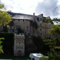 Montrésor le château