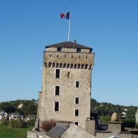 Lourdes   la tour du château