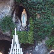 Lourdes   la grotte de massabielle