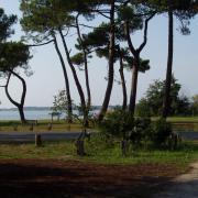 le lac vu du parking camping car