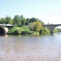Limeuil  la jonction de la Dordogne et la Vézère
