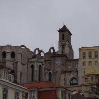 les ruines du couvent et l'église