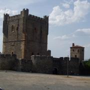 Braganca le château et le donjon en arrière plan la torre Princesa