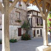 pujols- maisons médiévales